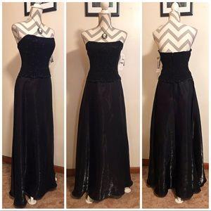 🆕 NWT Scott McClintock Black Strapless Gown